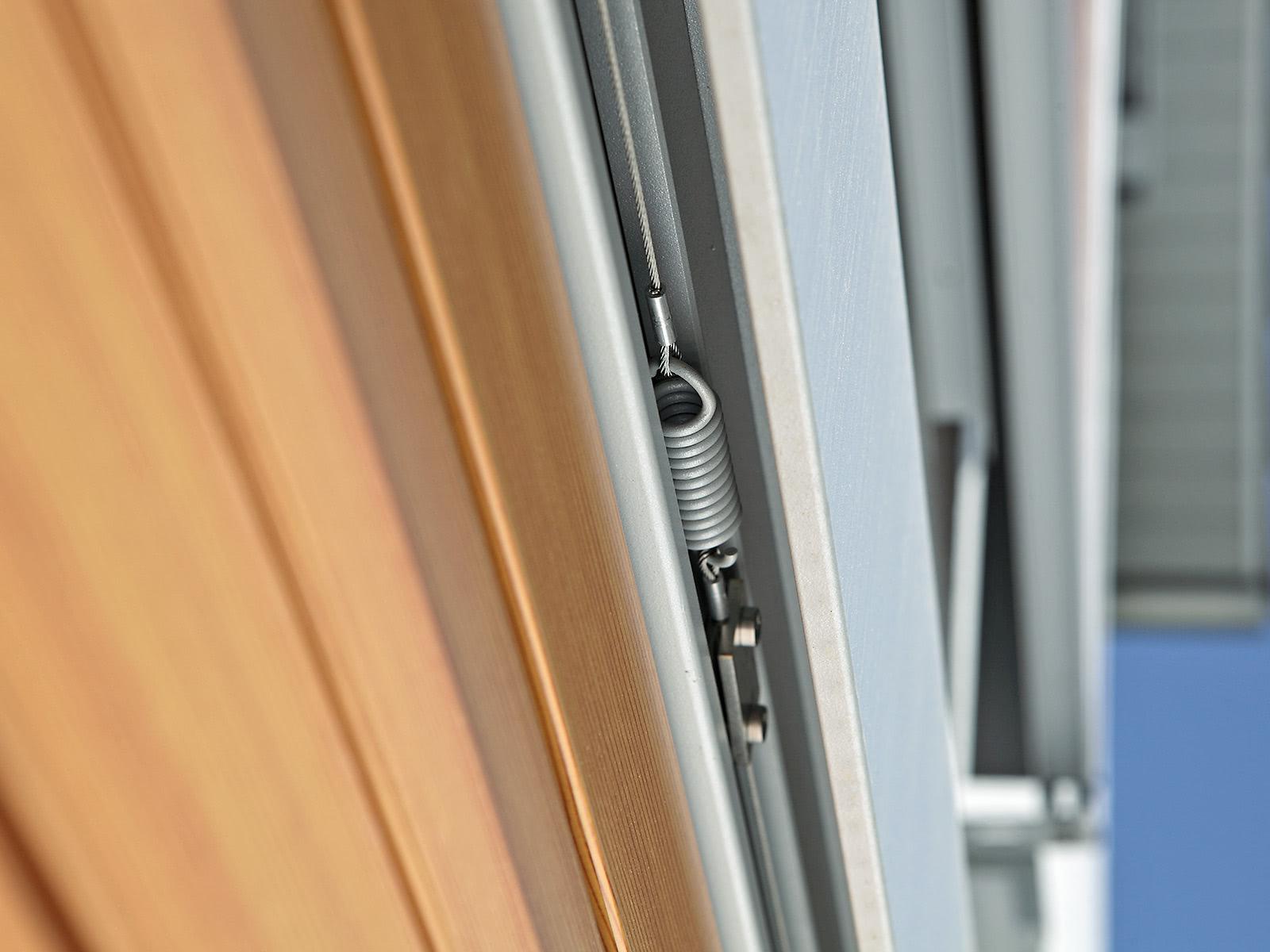 Sliding shutters - motorisation