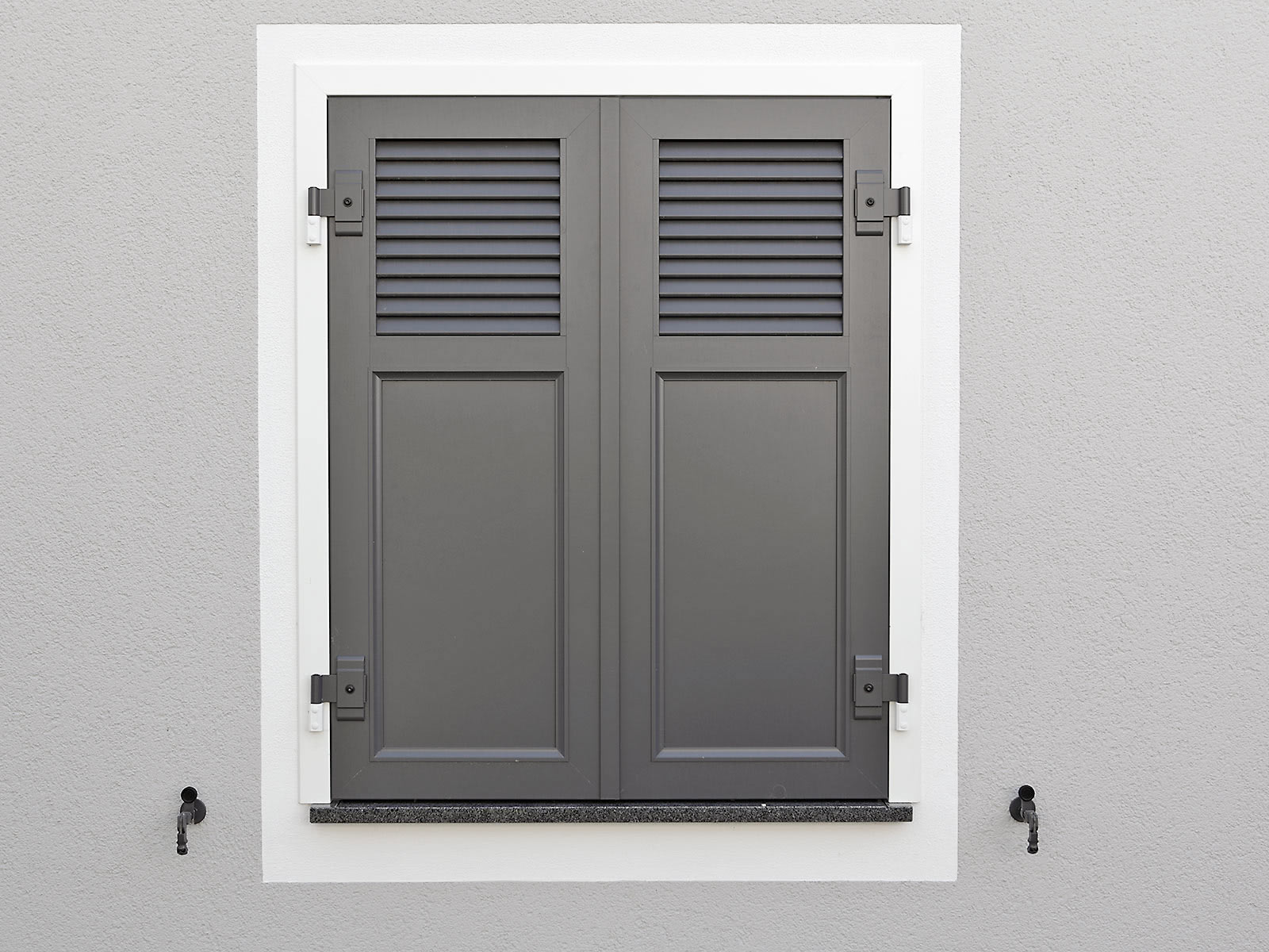 Installation systems window shutters - EHRET