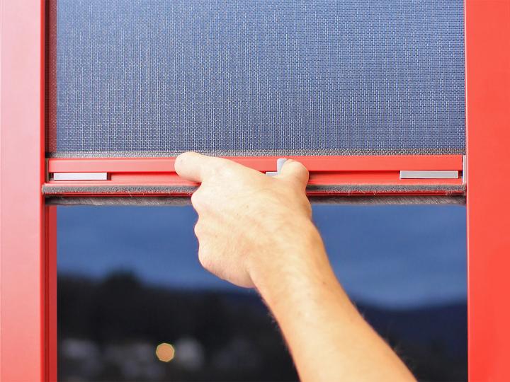 Flyscreen roller blind - EHRET