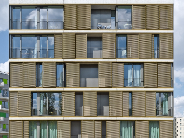 EHRET Schiebeläden für Berliner Neubau