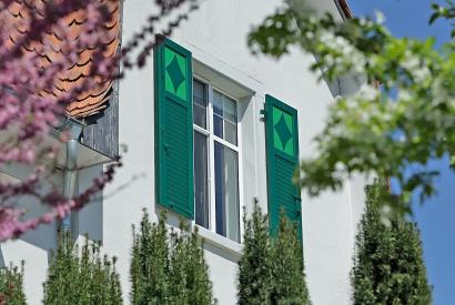 Fensterläden richtig reinigen